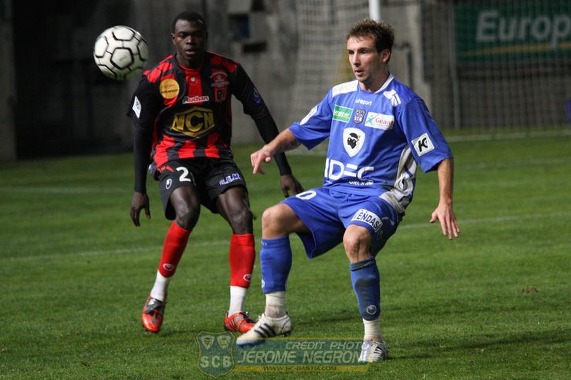 SCB/BOULOGNE (Ligue 2)